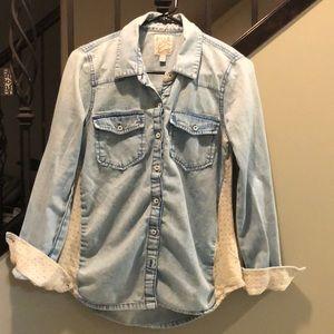 BillaBong women's jean shirt size medium